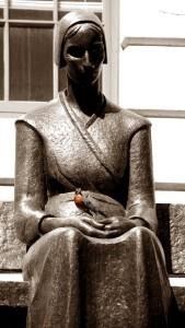 Statue m.d.